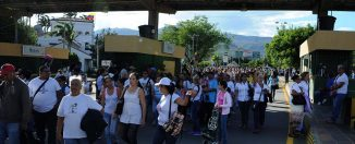 Venezolanos-frontera-hambre-12-326x132