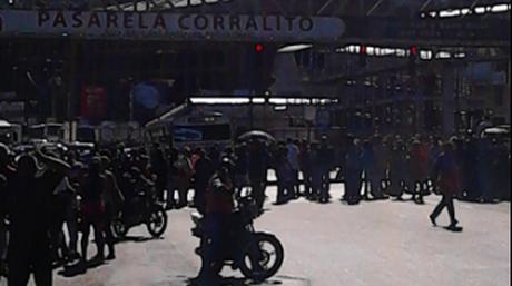 Manifestación de personas por falta de comida en la Panamericana | Foto: Twitter